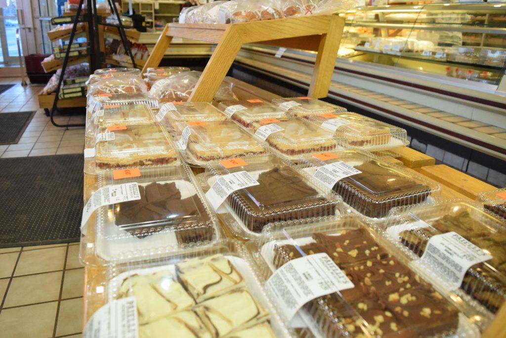 kenosha bakery, paiellis bakery, kenosha brownies