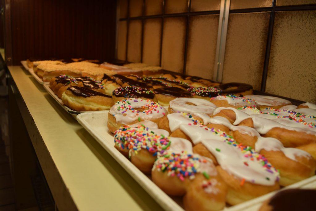 kenosha bakery, doughnuts kenosha, best donut shop wisconsin