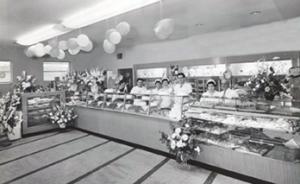 kenosha bakery, paiellis bakery, best bakery kenosha